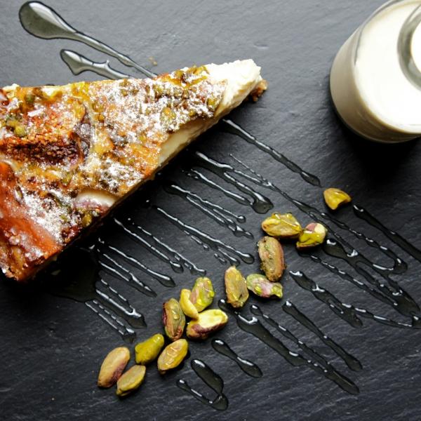 honey, fig & pistachio cheesecake